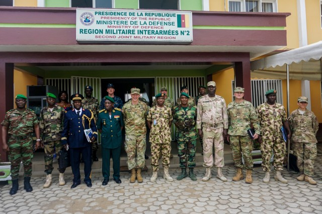 Senior military leaders from 8 nations pose for a group photo after the Unified Focus 2017 Regional Leaders Seminar held in Douala, Cameroon, April 28. The RLS gathers regional senior leaders together to discuss shared issues, challenges and threats in an open forum where candid dialog is encouraged between participants.