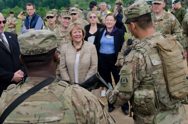 Lithuanian President and NATO Secretary General visit Saber Strike