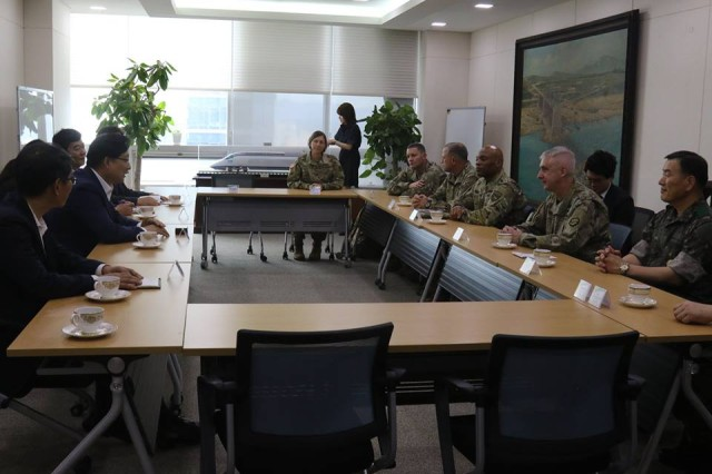 Members of the 19th Expeditionary Sustainment Command and U.S. Forces Korea meet with Dr. Hong Soon-man, the KORAIL Chief Executive Officer at the KORAIL headquarters to discuss the future of KORAIL and the opportunities ahead for continued combined operations and planning, June 20, 2017.