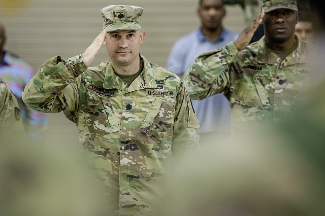 Army Field Support Battalion-Kuwait welcomes new commander