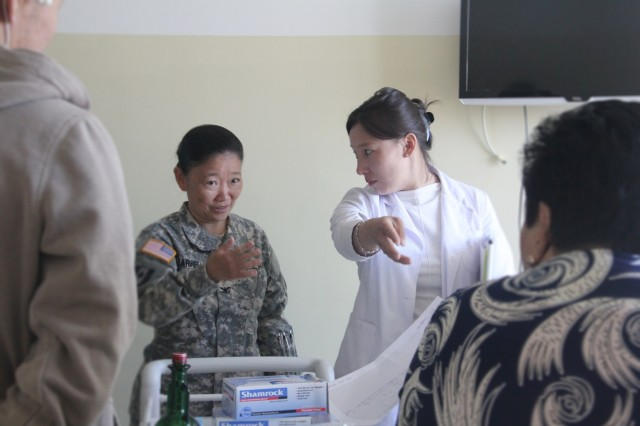 a critical analysis on the nursing services in the united states Critical thinking is an essential component of nursing since a nurse is always, by profession, confronted with complex situations, which demand accurate judgments, clinical decision-making and a continuous learning process.