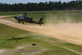 Apache pilots conduct advanced range operations in mobilization training
