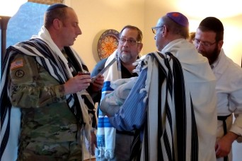 Jewish chaplain cares about Soldiers and cadets of all faiths