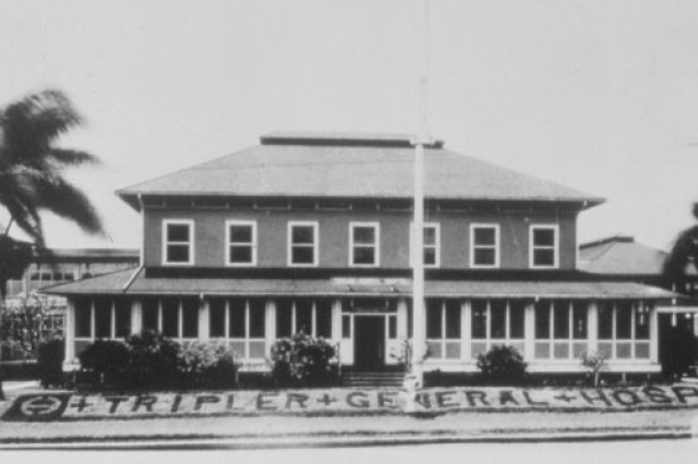 The original Tripler General Hospital in 1907.