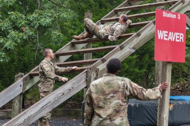 Drill sergeants with Companies B and C, 2nd Battalion, 48th Infantry Regiment, receive instructions on how to properly execute an obstacle on the confidence course. Twenty eight drill sergeants ran the course in preparation to pick up trainees.