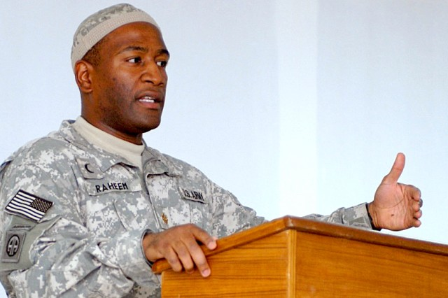 Muslim Chaplain Lt. Col. Ibraheem Raheem has been training fellow Army chaplains in Clinical Pastoral Education since late 2014. He began this training at Brooke Army Medical Center at San Antonio, Texas, and continues it now at Madigan Army Medical Center, Joint Base Lewis McChord, Tacoma, Washington.
