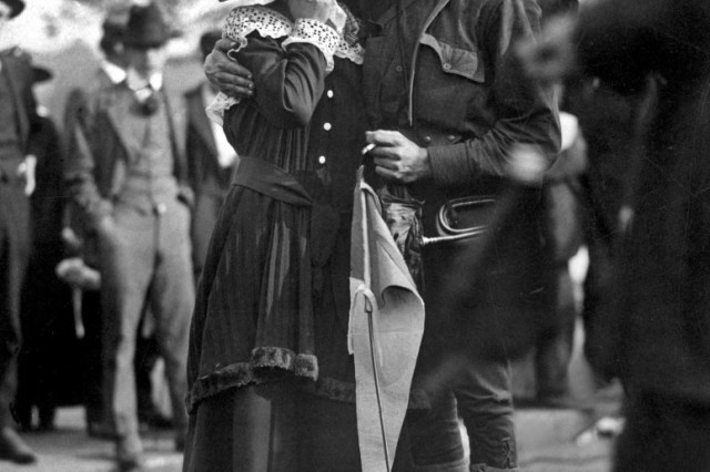 A Soldier boy of the 71st Infantry Regiment, which would be reorganized as part of the 27th Division, New York National Guard, saying goodbye to his sweetheart as his unit leaves for training at Camp Wadsworth, Spartanburg, S.C., where the New York Division trained for service, 1917.