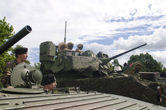 U.S and Polish Tanks were in display during the 73rd commemoration ceremony August 4th, 2017, at the Garrison Square in Swietoszow, Poland. The 4th Squadron, 10th Cavalry Regiment, is on a nine-month deployment, rotating through the European theater in support of Operation Atlantic Resolve. This U.S. led effort in Eastern Europe demonstrates the U.S. commitment to strengthening the defensive and deterrent capabilities of the NATO Alliance while improving the professional relationship.