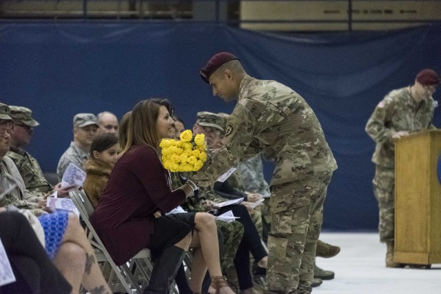 Flowers for wife of the incoming commander
