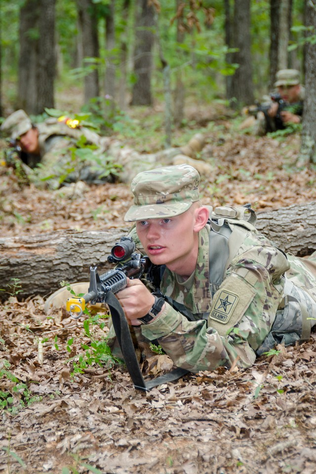 Testing Soldier skills with field training