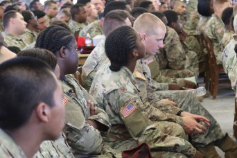 Paratroopers arrive to support relief efforts in Florida