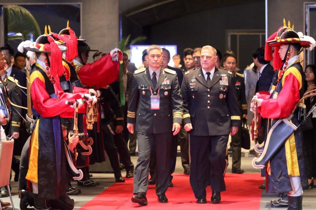 Top land forces commanders from 28 nations gather to address non-traditional security threats
