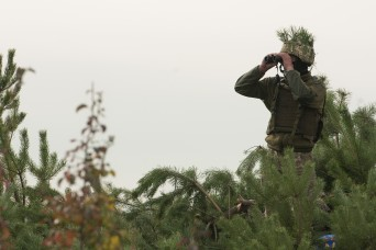 Ukrainian soldiers engage 'enemy' threats during FTX