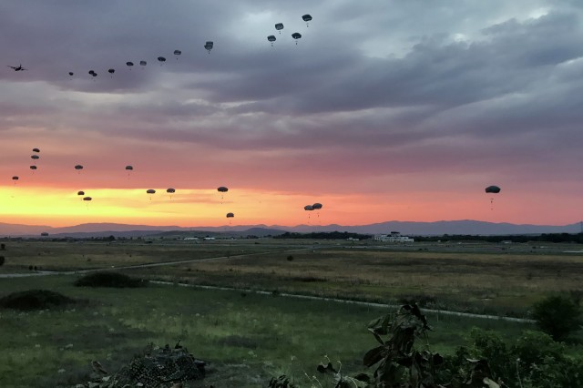 Paratroopers from the 173rd Airborne Brigade seize an airfield with a joint force entry during Saber Guardian 17 in Bezmer, Bulgaria, July 18, 2017.