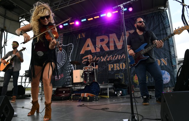Natalie Stovall provides post-race entertainment at BOSS Strong Championship