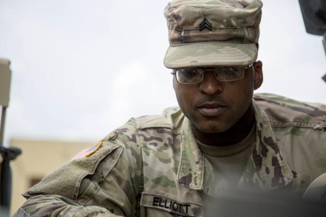 3rd Cav Regt Soldier stays ready