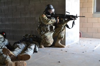 New Mexico National Guard and infantrymen conduct training together