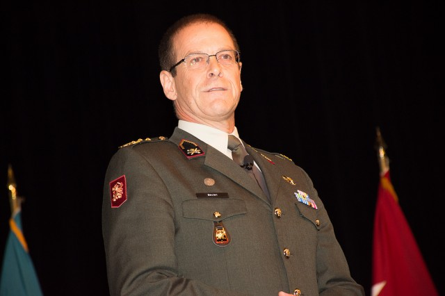 Lieutenant General Leo Beulen, Commander of the Royal Netherlands Army, speaks to student during induction ceremonies for the Command and General Staff College International Hall of Fame on Oct. 12 at the Lewis and Clark Center on Fort Leavenworth, Kansas.