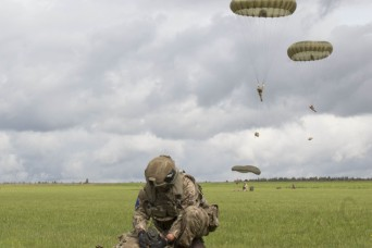 Allied airborne operations set the stage for Swift Response 17-2 exercise