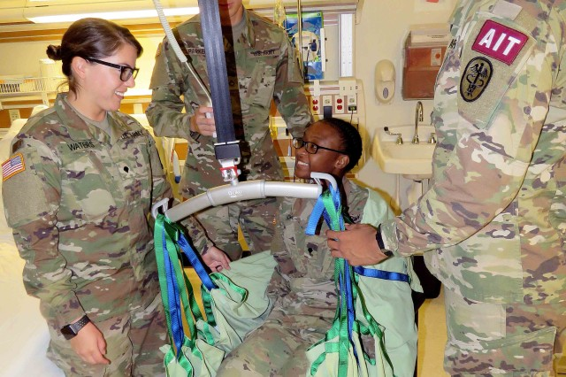 Madigan Army Medical Center trains techs | Article | The