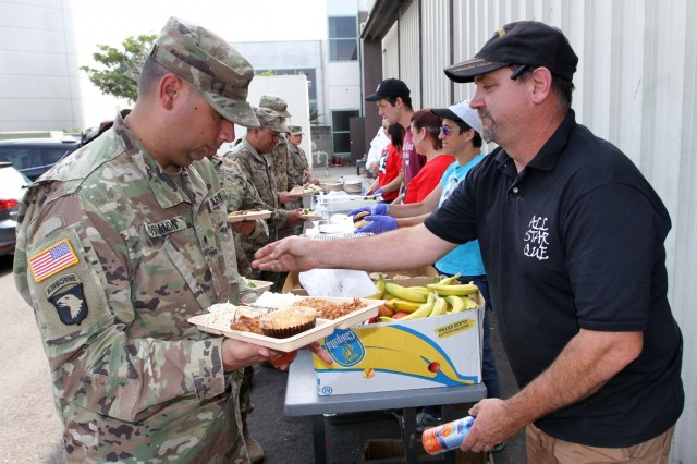 Private businesses join volunteers and other organizations in providing meals to California Army National Guardsmen who are activated for the 2017 Northern California wildfires. More than a dozen fires are scorching the counties of Napa, Solano and Sonoma, and California Guardsmen are assisting local and state law enforcement.