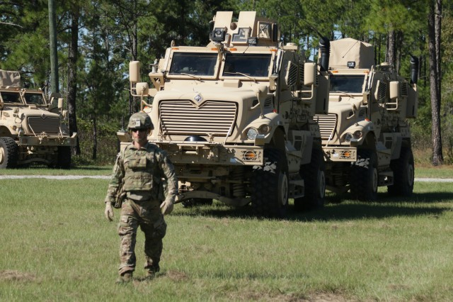 Soldiers with the Logistical Advisory Team, 815th Brigade Engineer Battalion, 1st Security Force Assistance Brigade perform Mine-Resistant Ambush Protected vehicle recovery operations at Fort Benning, Georgia, Oct. 17, 2017.