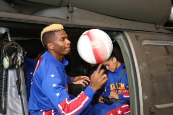 Original Harlem Globetrotters entertain Soldiers, Family members with skills and tricks