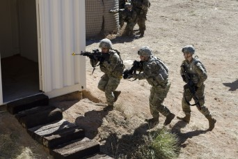 Soldiers ready to defend the homeland with domestic response training at Exercise Vigilant Shield