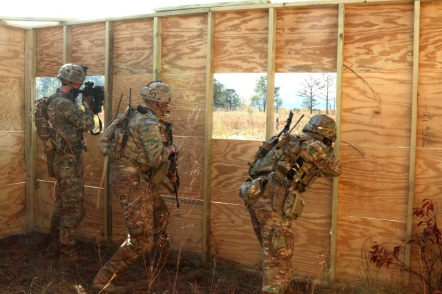 Soldiers from 1st Security Force Assistance Brigade engage a simulated enemy during live-fire training at Cactus Range, Nov. 6, 2017, at Fort Benning, Ga. SFABs are new brigades specially trained and built to enable combatant commanders to accomplish theatre security objectives by training, advising, assisting, accompanying, and enabling allied and partnered indigenous security forces. Soldiers interested in joining 1st SFAB should contact their branch manager.