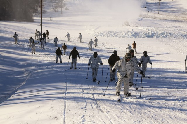 Marines bolster cold-weather operating skills during ...