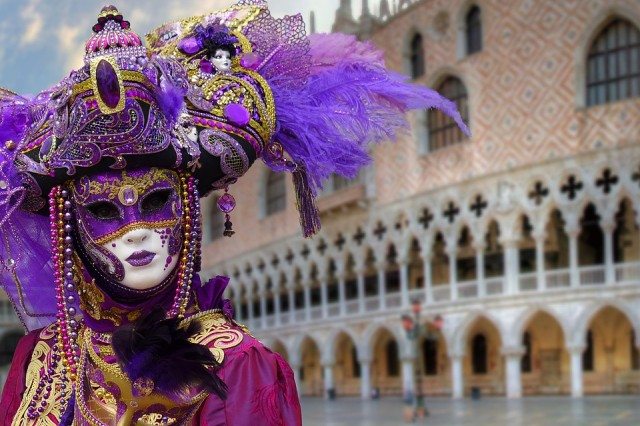 Best known to international tourists is probably the Carnevale di Venezia, the Carnival of Venice, with its fancy costumes and elaborate masks.