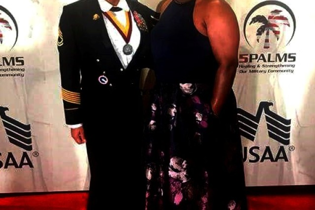 Sgt. 1st Class Lakeshea Drayton and her sister Yvonne Drayton attend the 242nd Army Birthday Ball in Washington, D.C. on June 24, 2017.