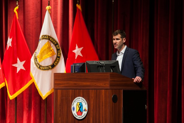 FORT BENNING, Ga. (Jan. 10, 2018) -- Author Peter W. Singer talks about the future of technology, security, and threats during the second full day of the Maneuver Warfighter Conference at Fort Benning, Georgia, Jan. 10. (Photos by: Suhyoon Wood/MCoE PAO Photographer)