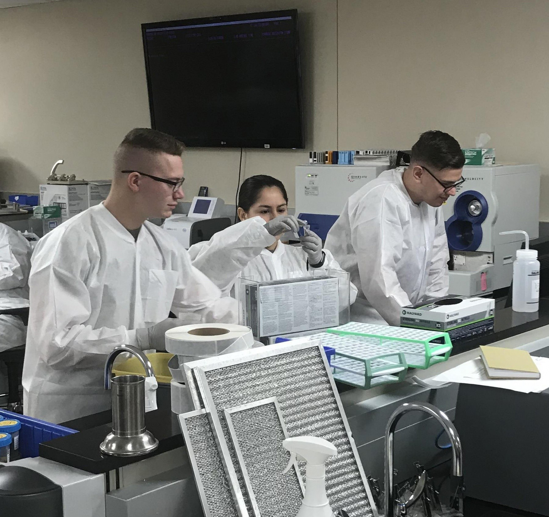 Soldiers complete Phase II Medical Laboratory Technician Training Program  at CRDAMC | Article | The United States Army