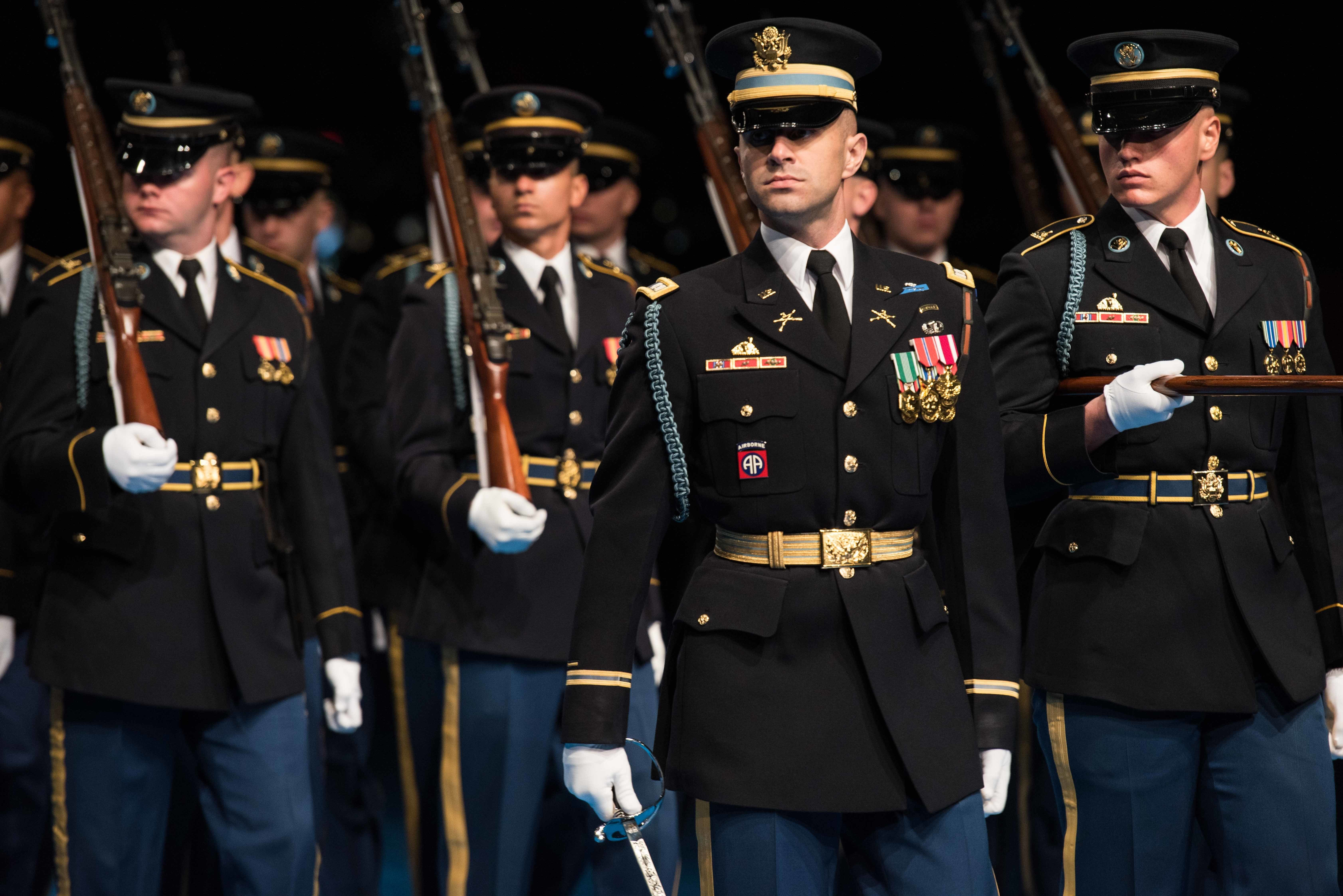 redesigned army uniforms site provides guidance for