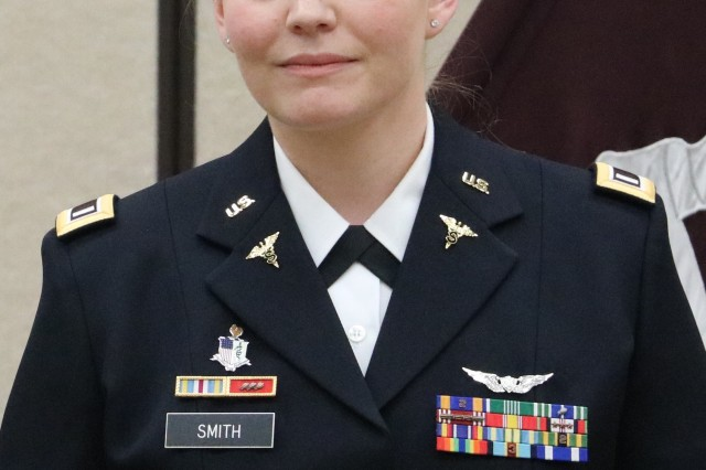 Former flight medic, 1st Lt. Megan Smith graduated from the Interservice Physician Assistant Program and was commissioned into the Medical Specialist Corps as a physician assistant during a ceremony on Fort Campbell, January 26. U.S. Army photo by Maria Yager.
