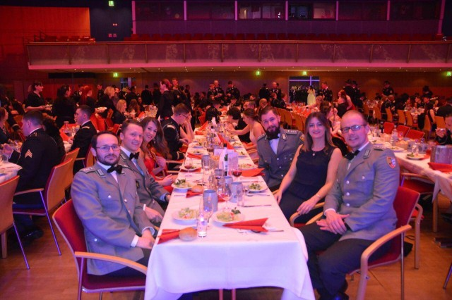 Members of the Panzer Grenadier Battalion 112 join the 1st Squadron, 2d Cavalry Regiment for their Squadron ball at the Amberg Congress Centrum, Germany, Feb. 15, 2018. The War Eagles were joined by international Allies from the countries of the Czech Republic, United Kingdom and Germany.