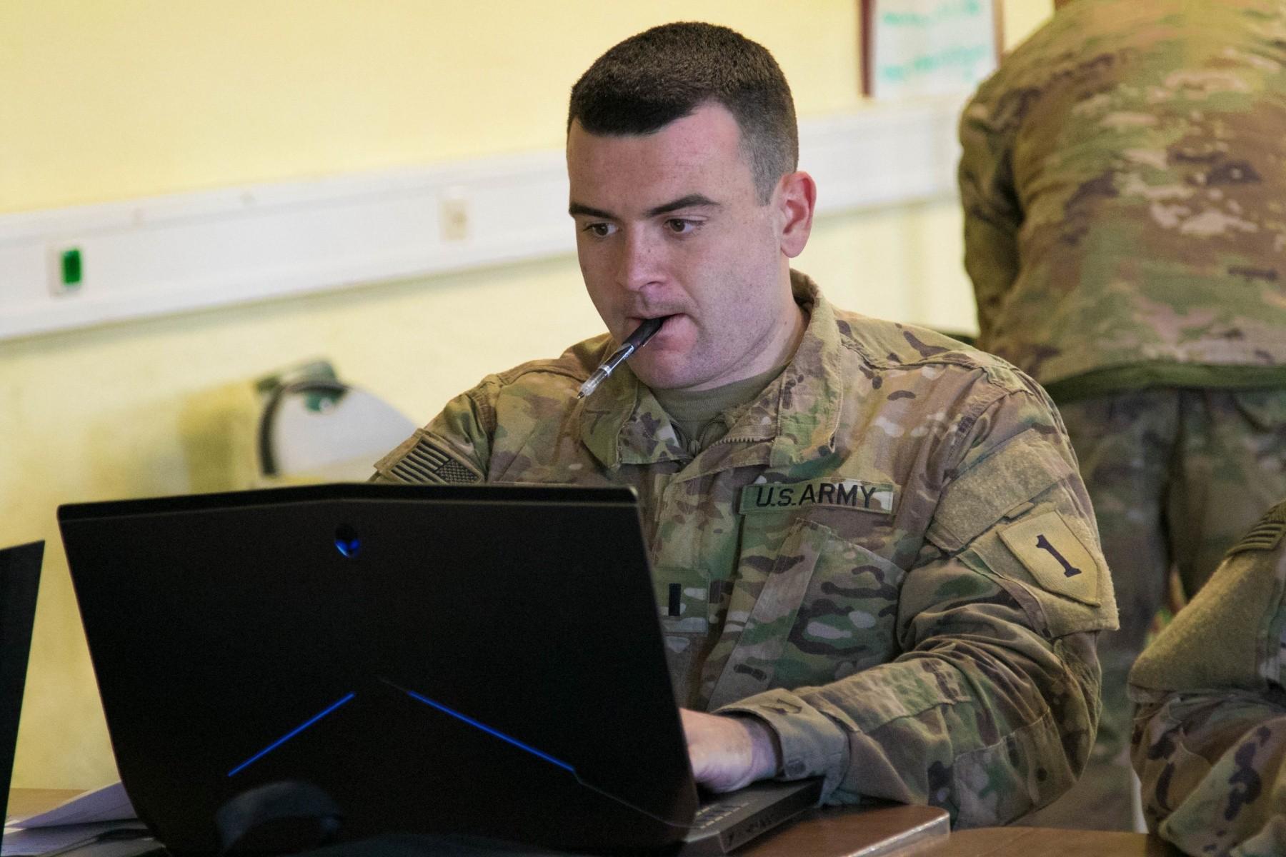 1-7 FA Soldiers develop leadership skills, hone proficiency