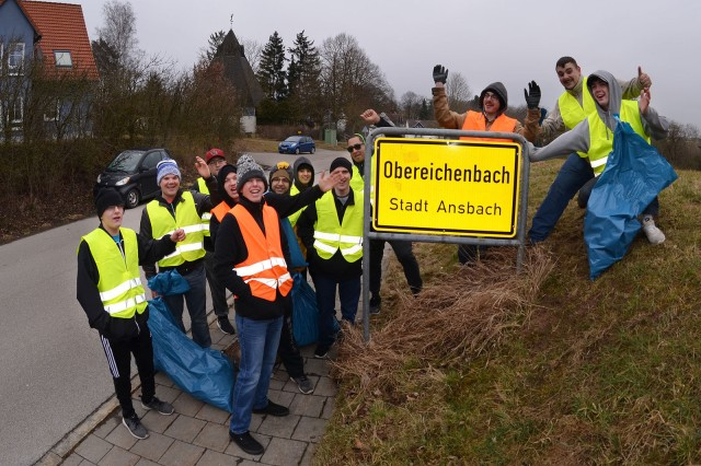 ANSBACH, Germany -- Soldiers and family members of the Ansbach community pick up trash along the road leading from Katterbach to Ansbach. The city of Ansbach holds a city-wide cleanup annually called the Ansbach Saub(ä)er. During this year's Saub(ä)er, March 17, 2018, more than 200 Soldiers, Family members and U.S. Civilians spent the Saturday morning walking along the roads that surround the kasernes to pick up litter.