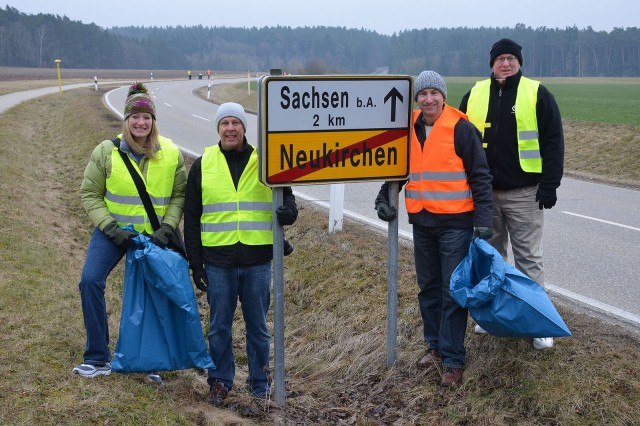ANSBACH, Germany -- Soldiers and Family members of the Ansbach community pick up trash along the road adjacent to Katterbach Kaserne leading from Neukirchen to Sachsen. The city of Ansbach holds a city-wide cleanup annually called the Ansbach Saub(ä)er. During this year's Saub(ä)er, March 17, 2018, more than 200 Soldiers, Family members and U.S. Civilians spent the Saturday morning walking along the roads that surround the kasernes to pick up litter.