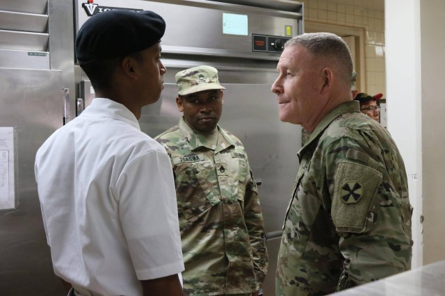 Lt. Gen. Michael A. Bills, Eighth Army commanding general, meets with Eighth Army Soldiers during a visit with the 2501st Digital Liaison Detachment, Yong-in, South Korea, Mar. 22. Bills toured the facilities in the garrison to check the living conditions of the Soldiers.