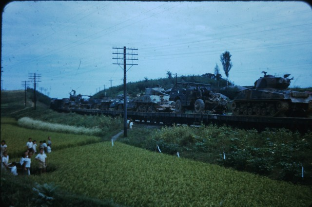 Korean War photos shot by 8th Army noncom being donated to Korean army