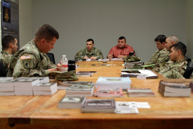 Umbrella Week Allows Soldiers to Share Lessons Learned