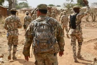 US Soldiers train Nigerian infantry