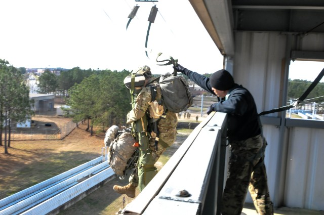 Paratroopers Train to Jump Stinger Missiles, Defend Against Air Threats on Future Drop Zones