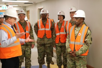 Regional Health Command-Pacific commander tours Humphreys medical facilities