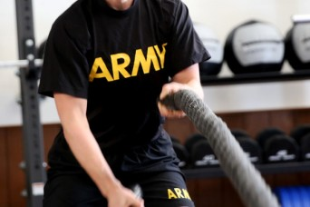 Soldier kicks it up a notch to set fitness example