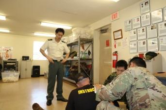 Docs and medics partner for trauma lane training