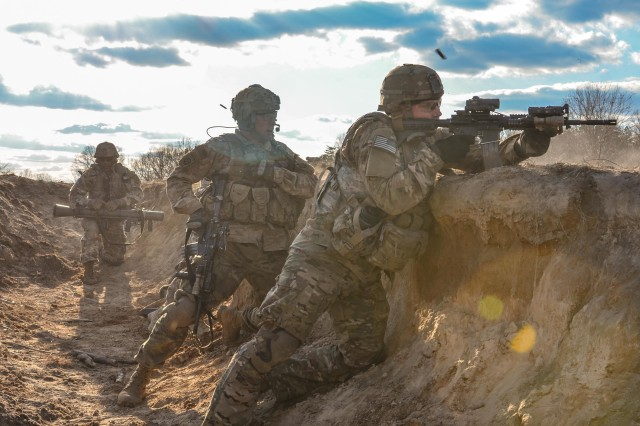 Paratroopers assigned to Alpha Company, 1st Battalion, 508th Parachute Infantry Regiment participate in a Squad Live Fire Exercise at Fort A.P. Hill, Va., March 14, 2018. The 3rd Brigade Combat Team, 82nd Airborne Division paratroopers trained at Fort A.P. Hill for two weeks in March to hone their combat skills through realistic training scenarios. U.S. Army photo by Spc. John Lytle, 3rd BCT Public Affairs