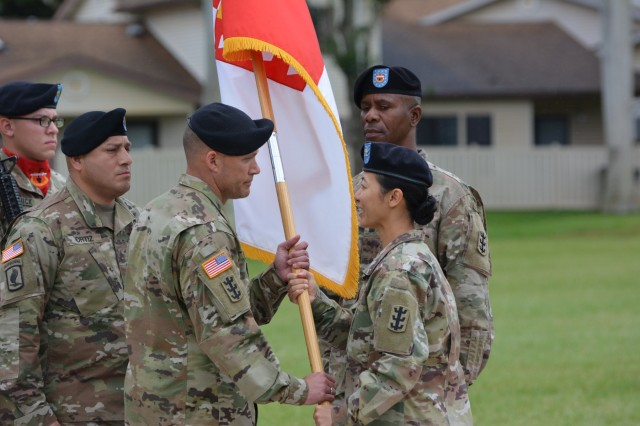 The 130th Engineer Brigade, 8th Theater Sustainment Command, hosted a change of responsibility for its incoming and outgoing brigade command sergeants major on April 5, 2018 where Command Sgt. Maj. Chad C. Blansett assumed responsibility from Command Sgt. Maj. Patrickson Toussaint as Col. Danielle Ngo presided over the ceremony. Command Sgt. Maj. Blansett joins the organization after serving as the command sergeant major for the United States Army Corps of Engineers (USACE) Transatlantic District in Bagram, Afghanistan. Command Sgt. Maj. Toussaint will be assuming the position as the senior enlisted advisor for the United States Army Corps of Engineers Pacific Ocean Division at Fort Shafter, Hawaii.